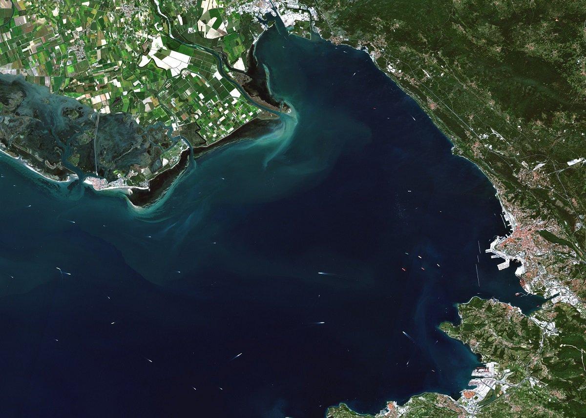 Trieste_Italy_Adriana_1200px.jpg